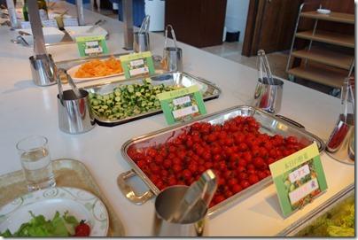 「シャトレーゼガトーキングダムサッポロホテル&スパリゾート」朝食バイキングのサラダバー