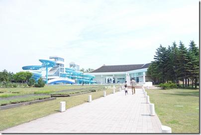 「シャトレーゼガトーキングダムサッポロホテル&スパリゾート」プール&温泉へ