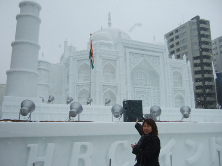 7丁目の大雪像「タ―ジ・マハル」