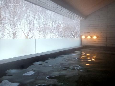 【小樽旅亭 藏群】大浴場の露天風呂