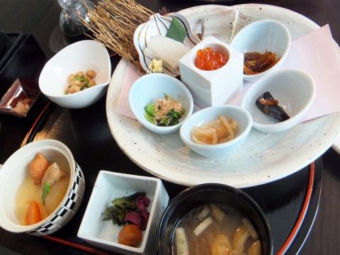 【望楼NOGUCHI函館】朝食は前日に、和食と洋食、和洋食、気分にあわせて選べます