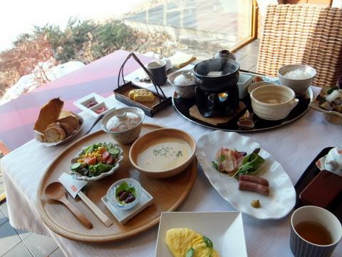 「三余庵」地元の食材をふんだんに使用した朝食