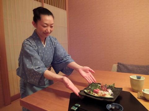 【翠山亭倶楽部定山渓】お部屋も食事も担当してくれた樫村さん