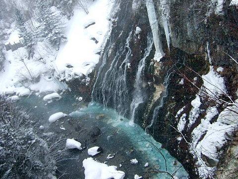 【森の旅亭びえい】白ひげの滝