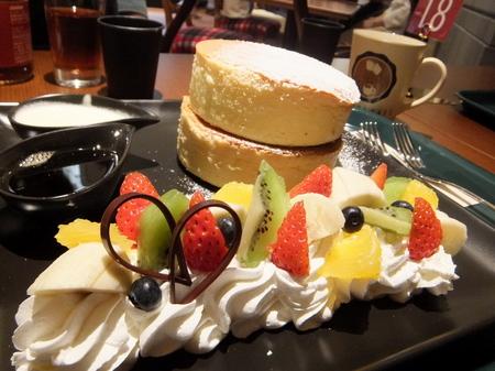 「イシヤカフェ」焼き立てホットケーキ