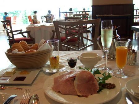 【ウィンザーホテル洞爺】朝食一例