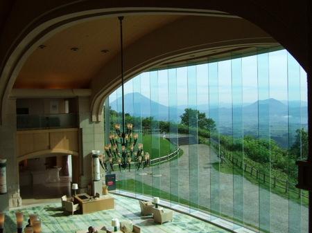 【ウィンザーホテル洞爺】ロビーからの眺め