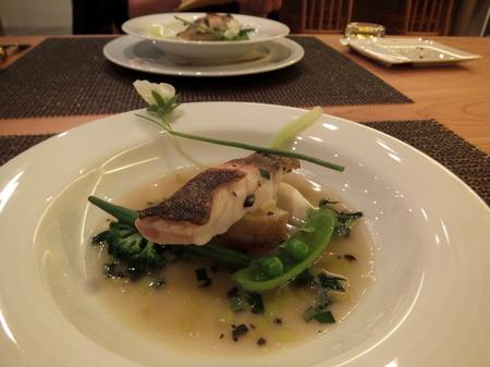 魚料理は「青ソイのスープ仕立て」