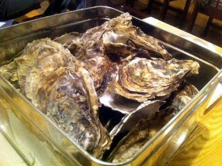 「牡蠣がんがん蒸し」食べ放題