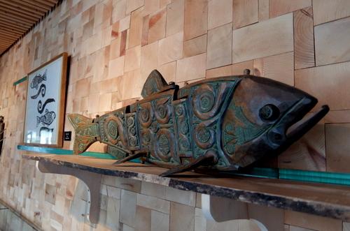 エコミュージアムおさしまセンター「砂澤ビッキ記念館」生き生きとした鮭