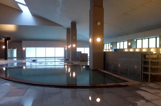 「緑の風リゾートきたゆざわ」大浴場