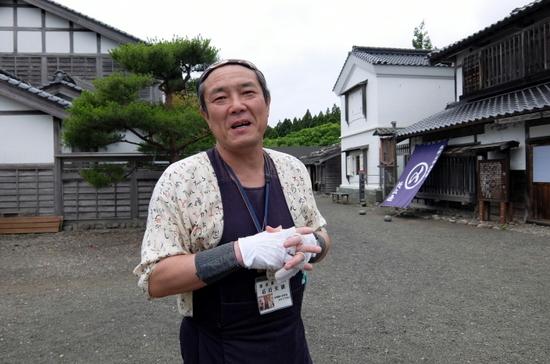 歴史案内スペシャリストの石川さんと行く藩屋敷&松前城スペシャルガイド
