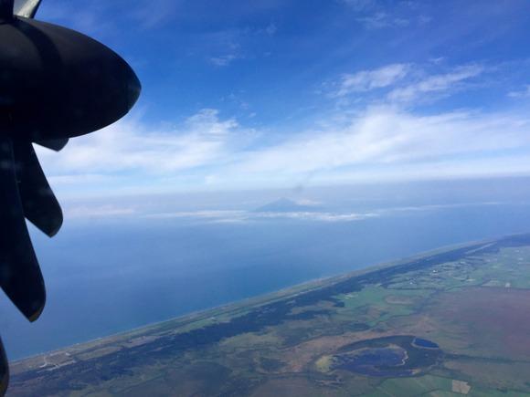 飛行機から見下ろす利尻富士