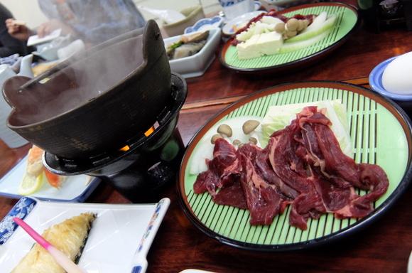 メインの「エゾシカ肉のすき焼き」