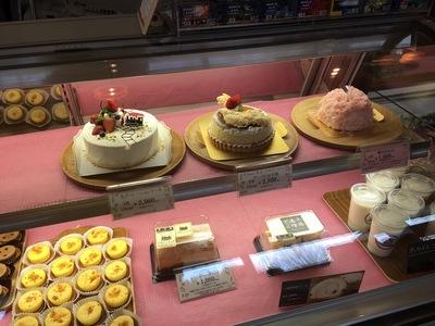 チーズケーキ・お菓子・カフェ『十勝トテッポ工房』生ケーキの数々
