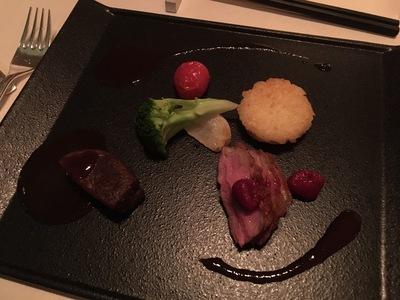 森のスパリゾート 北海道ホテル「バード・ウォッチ・カフェ」メイン料理