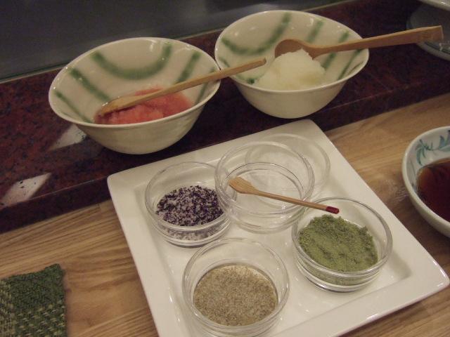 味付けはお好みで、シンプルな天然塩や赤シソのゆかり、 トマトおろしのつゆなど