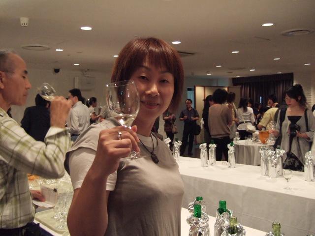 「奥尻ワイン」のとりこ