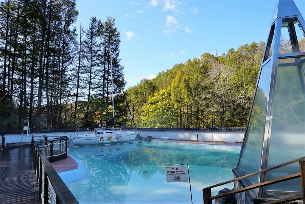 森の中の温泉ビーチ ト・コ・ナッツ