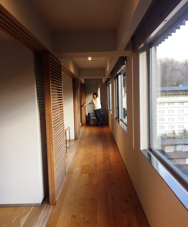 客室窓際の廊下で撮った一枚