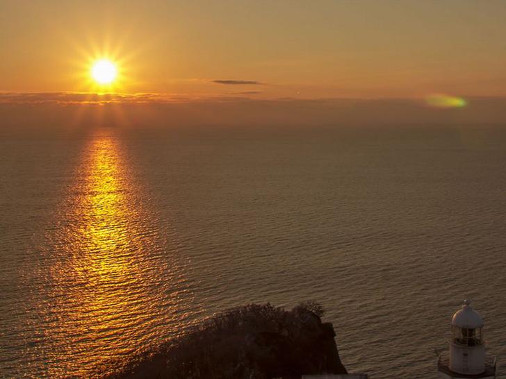 地球岬から見る朝陽