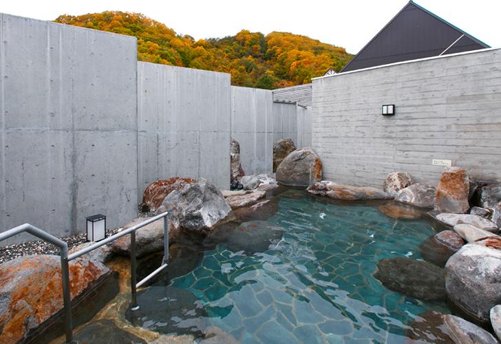ホロホロ山荘の露天風呂