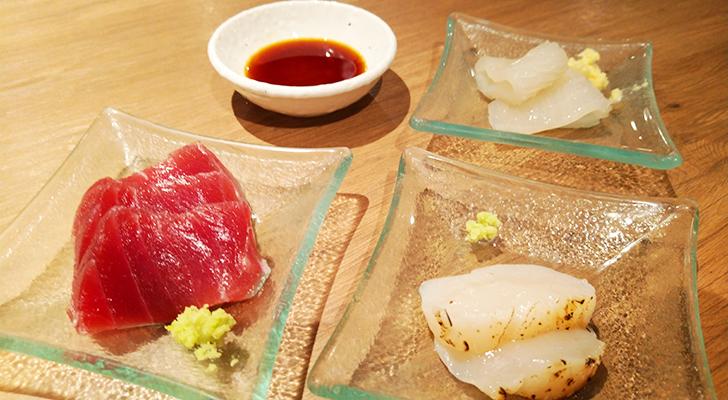 マグロ、ホタテ、イカのお刺身3種