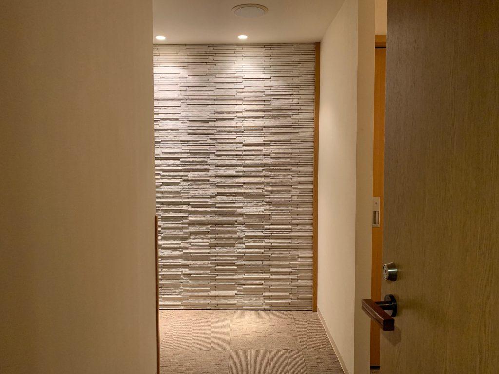 客室へと続く廊下