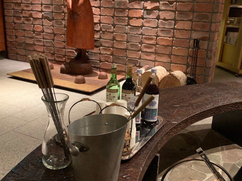 焼きマシュマロとワイン