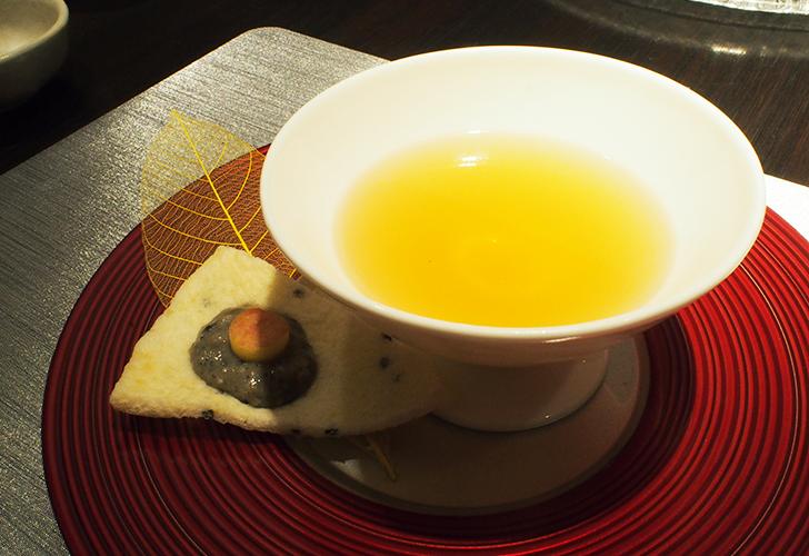 奇跡のリンゴ&ゴッコのすっぽん仕立て黄金スープ