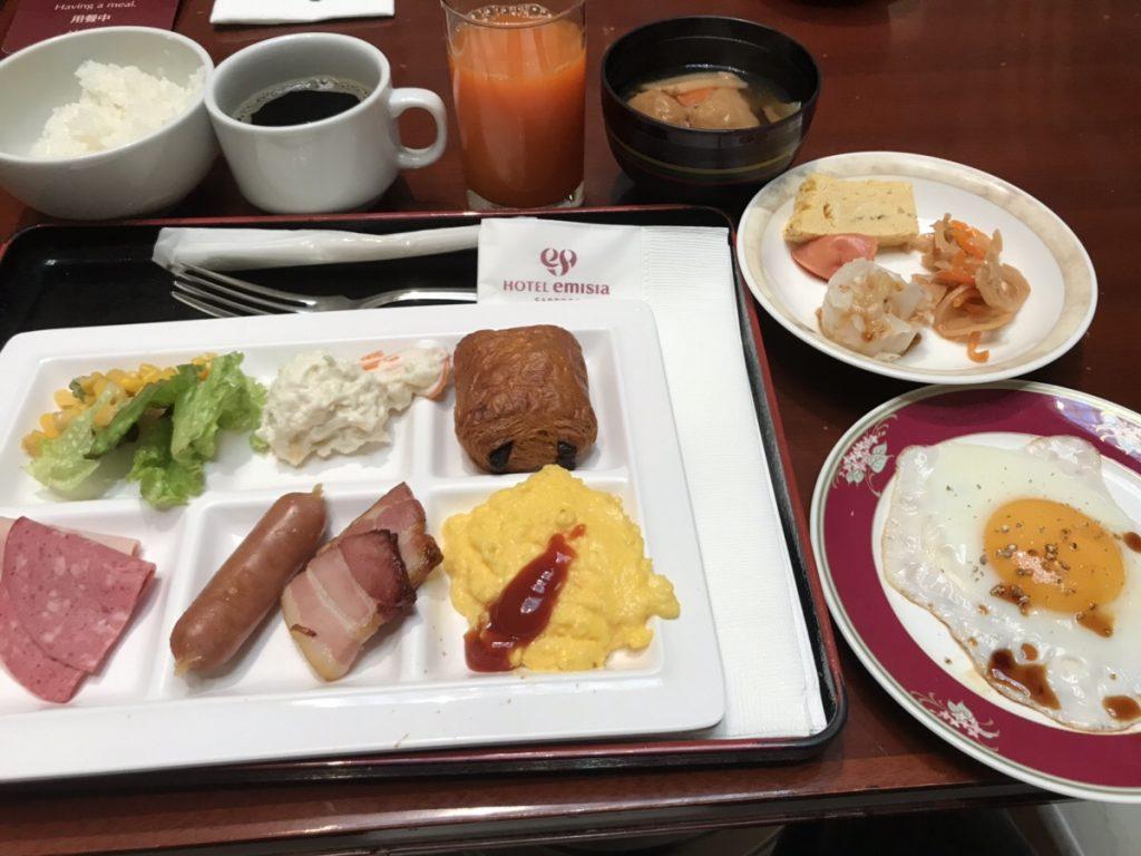 朝食ブッフェの料理一例