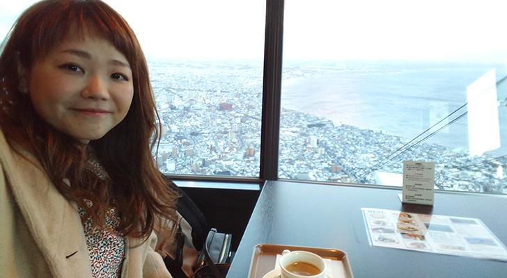 函館山ティーラウンジからの眺望と私