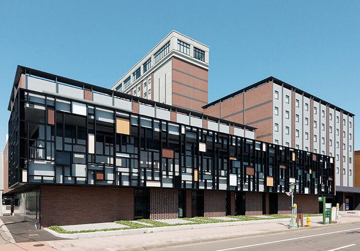 本館が新築グランドオープンした函館国際ホテル