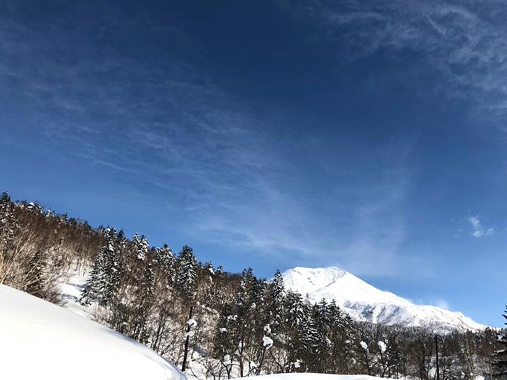 ホテルから旭岳の山頂がくっきり見えます!