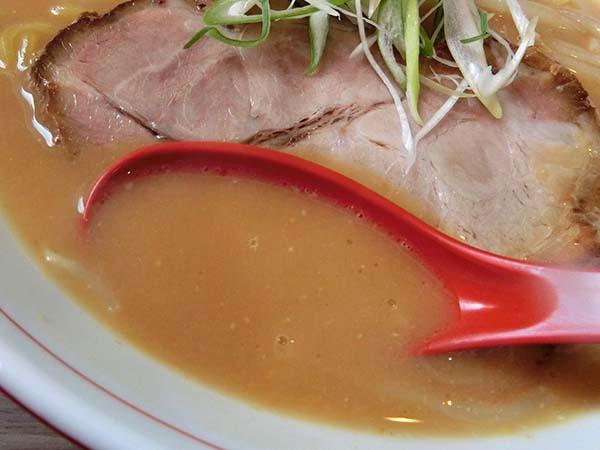 コクまろ味噌のスープのアップ