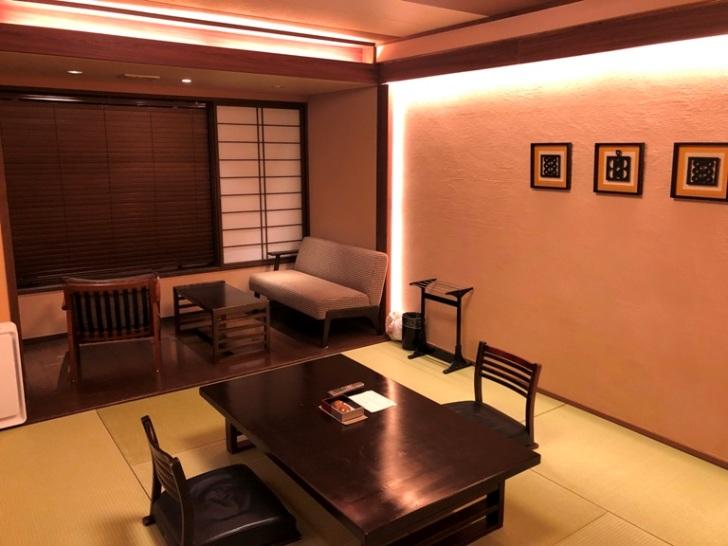 5階の民芸モダン和室