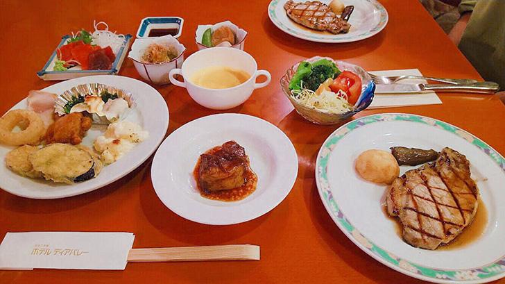 夕食は洋食メニューが豊富
