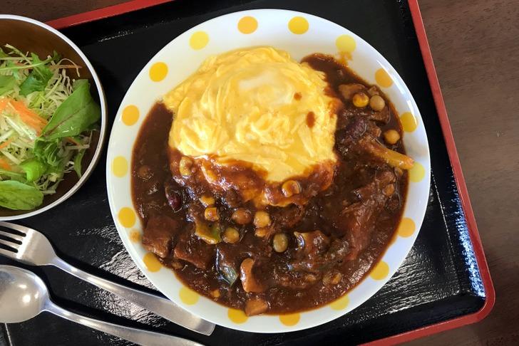 レストランメープルのオムハヤシ