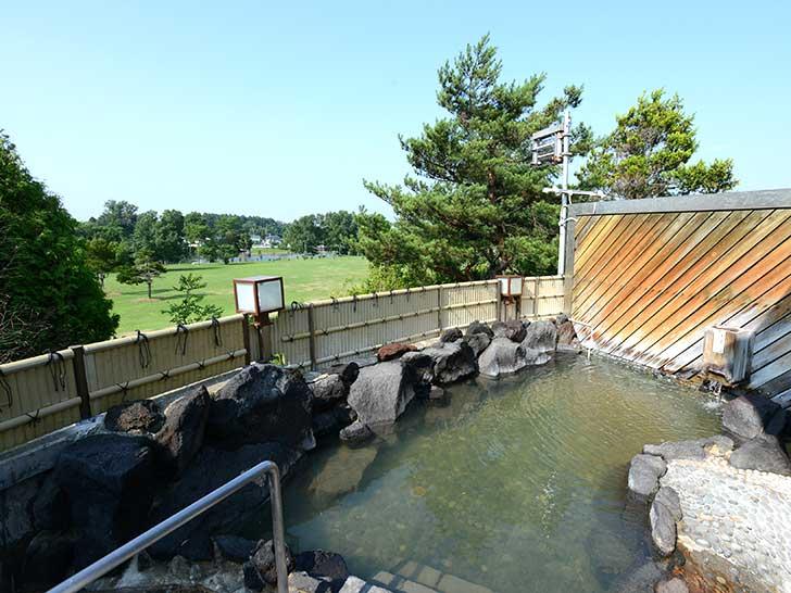 長沼温泉の露天風呂