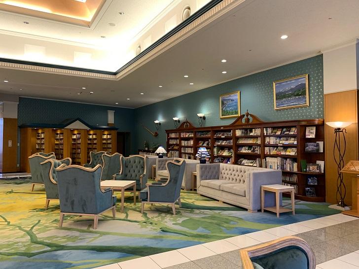 知床第一ホテル図書コーナーの写真
