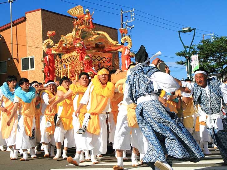 金刀比羅神社例大祭の神輿