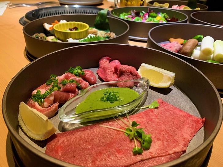 旅籠屋 定山渓商店の夕食 焼肉コースの写真