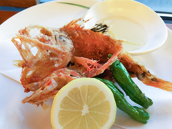 漁火館の夕食一例、キンキの唐揚げ