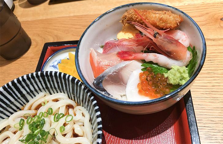 祐一郎商店のミニ海鮮丼のアップ