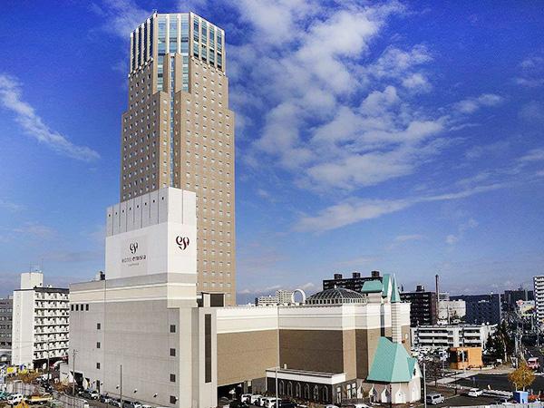 新札幌のランドマークタワー、ホテルエミシア札幌