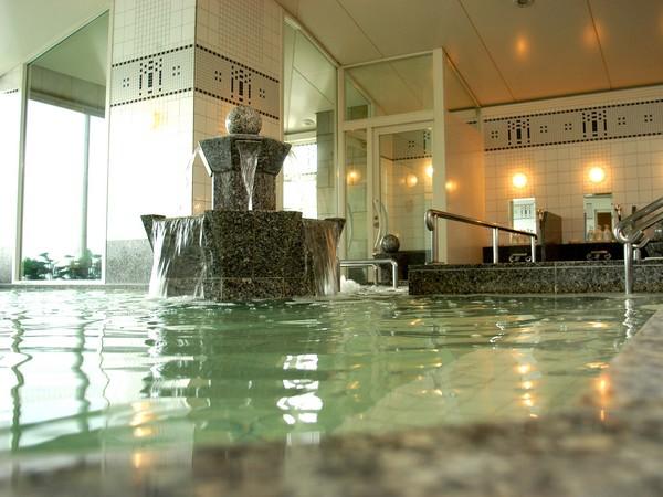 ホテルモントレエーデルホフ札幌の14階にある天然温泉スパ