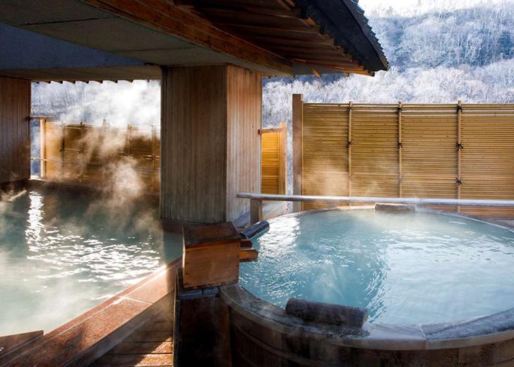登別石水亭の露天風呂