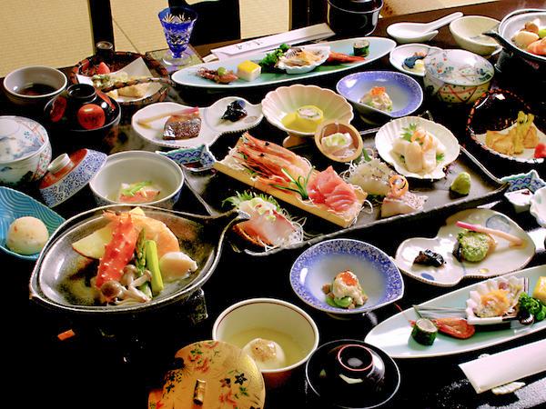 全13品の端正な会席料理