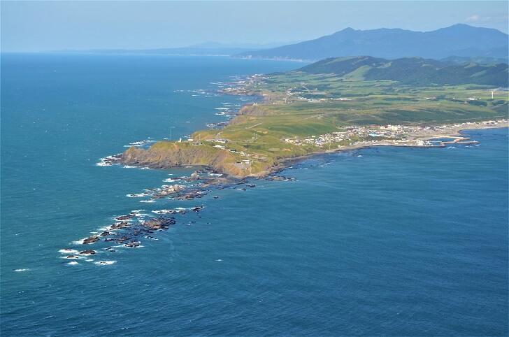 豊かな水産資源と雄大な自然景観に恵まれた、漁業と観光の町、えりも町