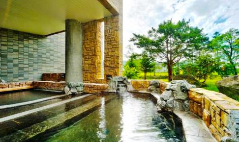 大江本家の露天風呂
